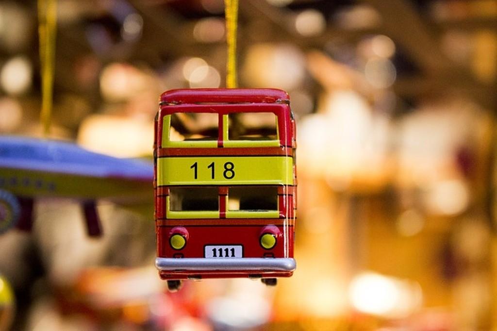 autobus giocattolo