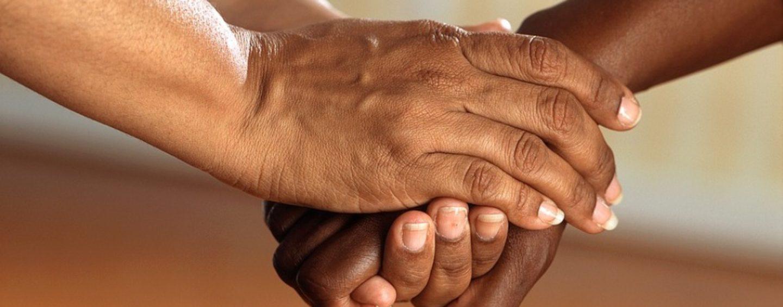 OSS e ASA: prendersi cura delle persone in difficoltà