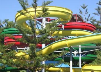 Lavoro nei parchi acquatici e di divertimento: consigli per la ricerca