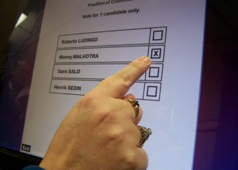 Lavora al referendum come Digital Assistant