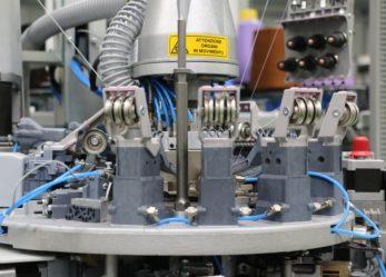 Formazione gratuita per tecnici per la gestione di macchine di produzione calze