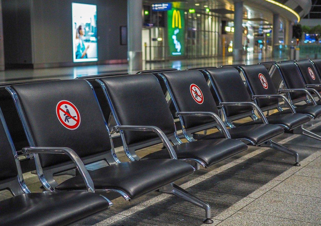 terminal aeroporto in tempo di covid
