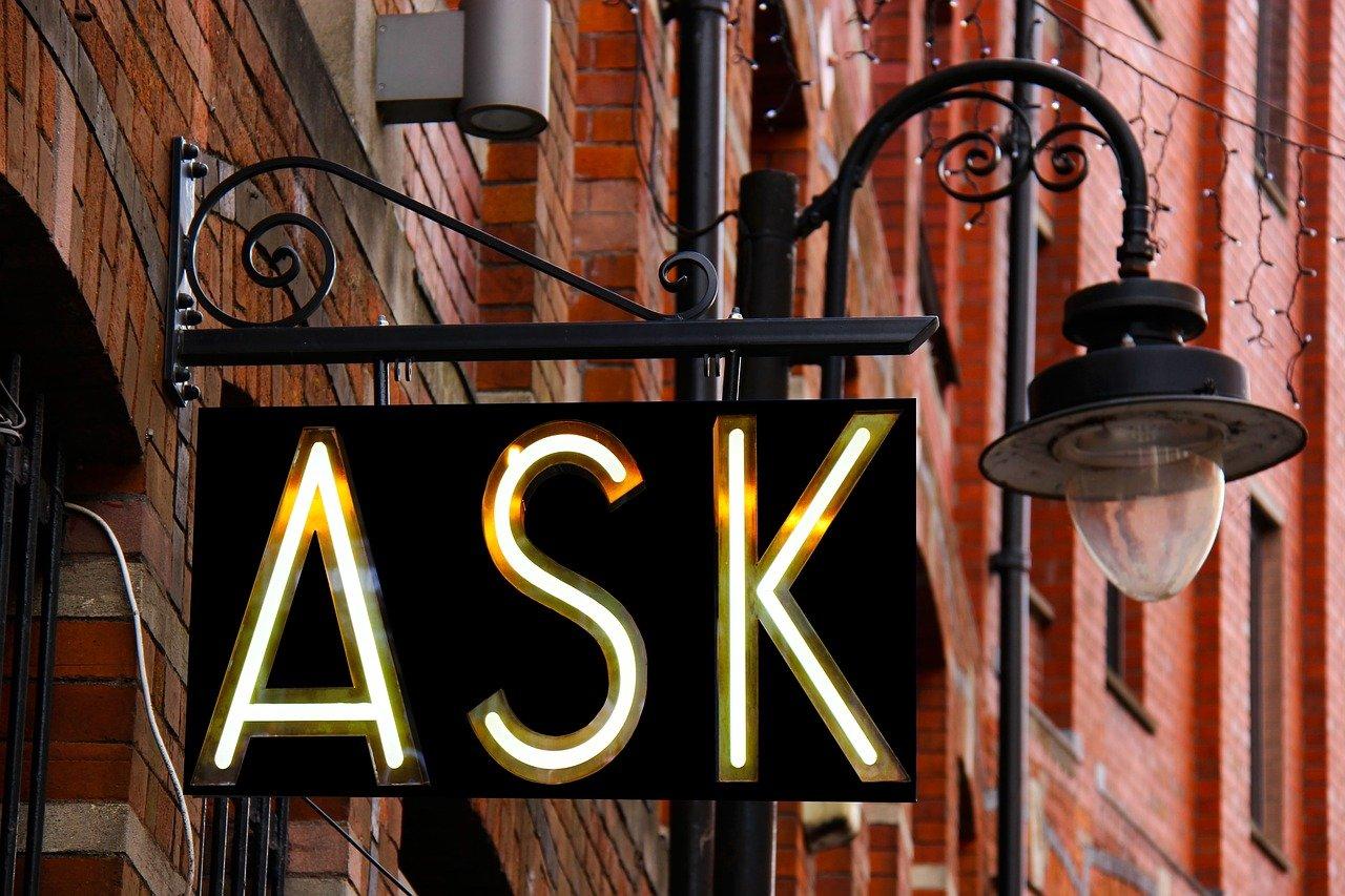 insegna con la scritta ASK