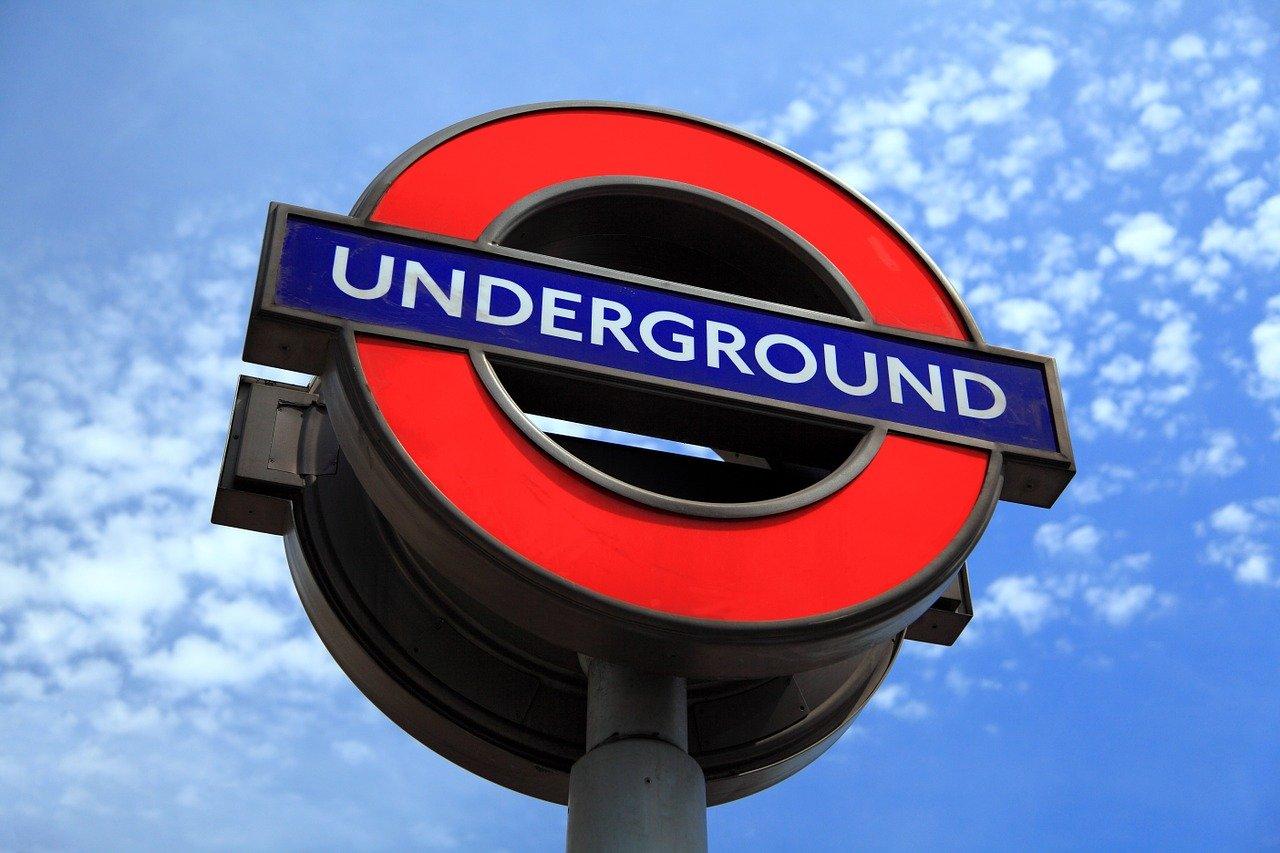 cartello della metropolitana di Londra