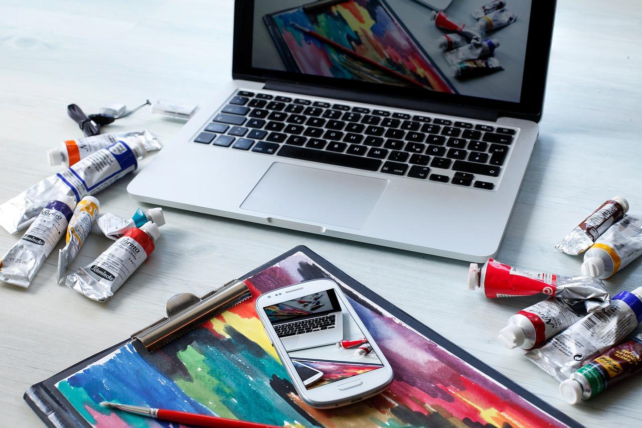 colori, fogli, computer