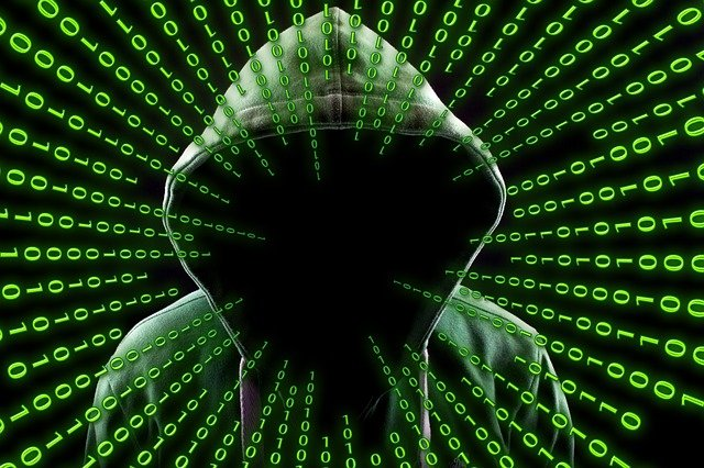 grafica raffigurante programmazione informatica e hacker