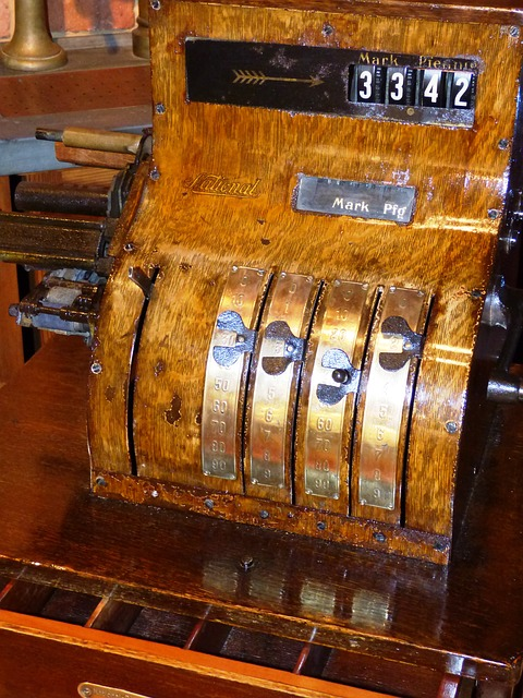 registratore di cassa antico