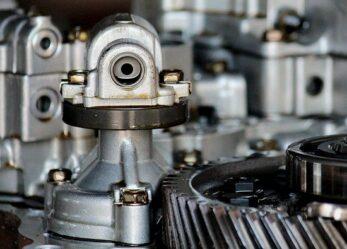 Opportunità di lavoro: riparatori di veicoli a motore