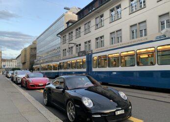 Tirocinio in pubbliche relazioni alla Porsche Schweiz